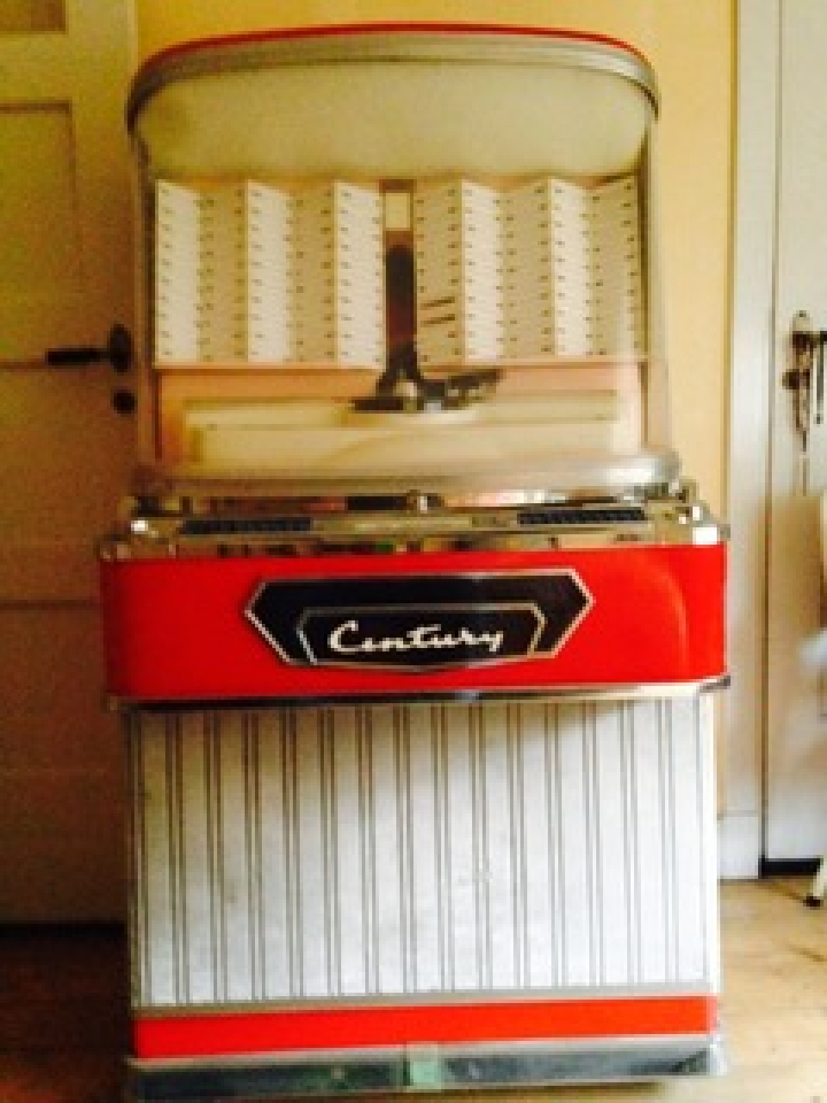 Century 1155 Netherlands Now In Terra Technica Jukebox Museum In The Czech Republic